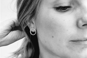 gehamerde ronde oorstekers